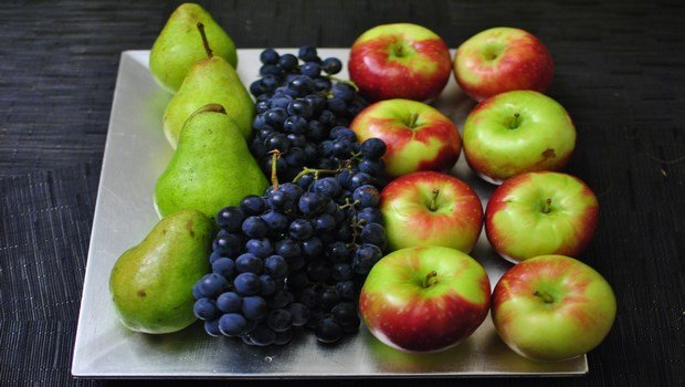 oxygen rich foods-sweet grapes and pears, passion fruit, raisins, pineapple, vegetable juices