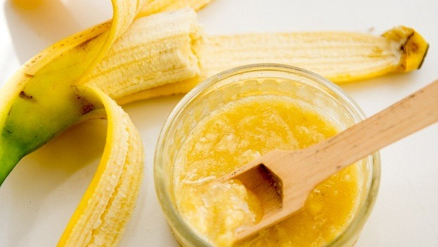 banana face mask - pimple combating banana face mask