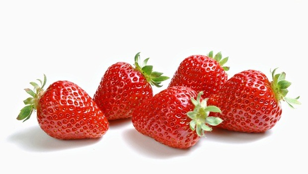 home remedies for weakness - strawberry