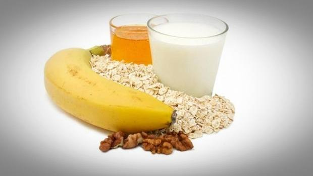 oatmeal face mask - banana, milk and oatmeal face mask