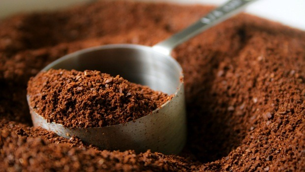 how to lose cellulite - coffee grounds