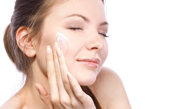 egg white face mask - egg white face mask to rejuvenate your skin and blemishes