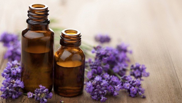 how to get rid of blotchy skin - essential oils