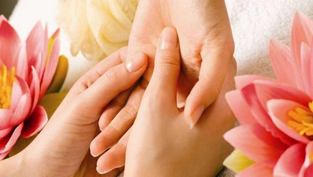 hand care tips - hand care with massage