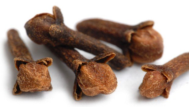 how to treat a tooth infection-clove