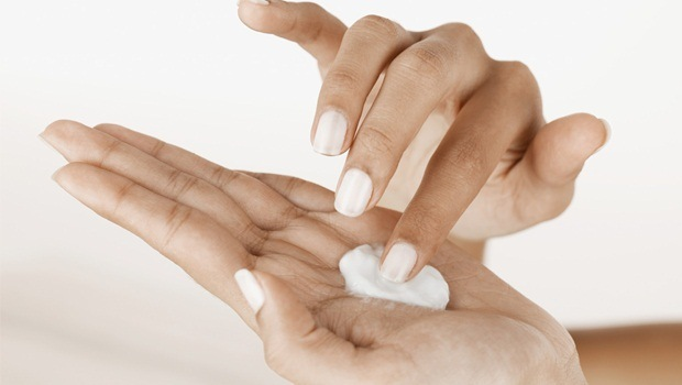 hand care tips - moisturize your hands using best hand moisturizer