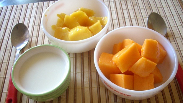papaya face mask - papaya, rice powder, and yogurt to rejuvenate your skin
