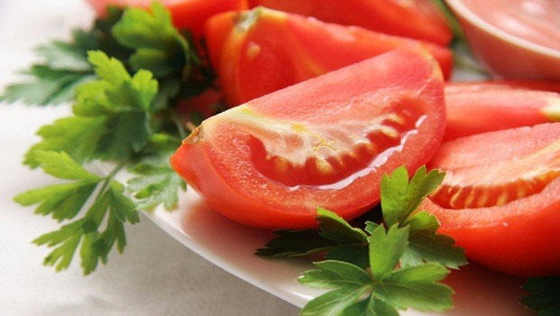 diet tips for men - tomato helps to prevent prostate cancer