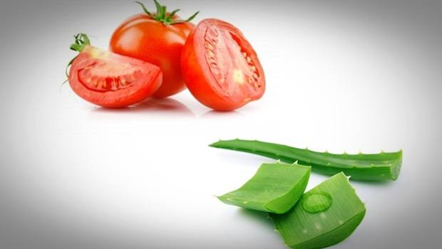 aloe vera face mask - tomato juice and aloe vera face mask