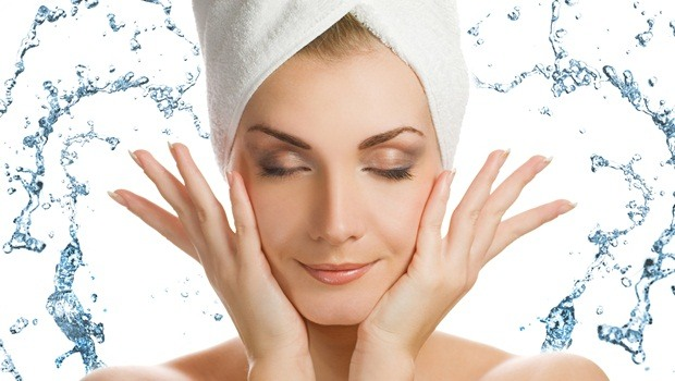 tips for healthy skin - wash in lukewarm water