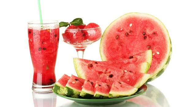 diet tips for men - watermelon helps to reduce the risk of hypertension