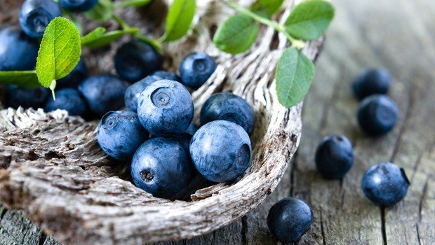superfoods for skin - blueberry