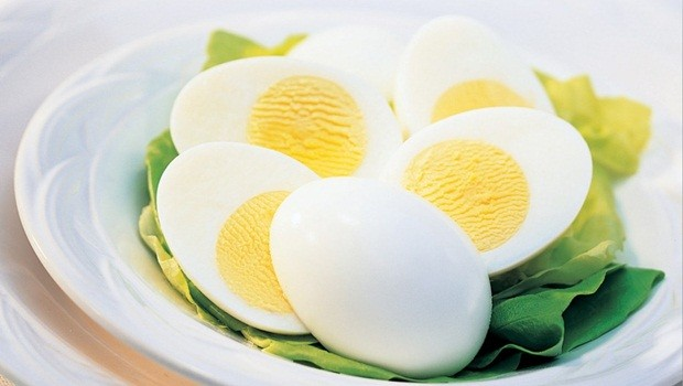 benefits of eating eggs - help to deal with iron problem