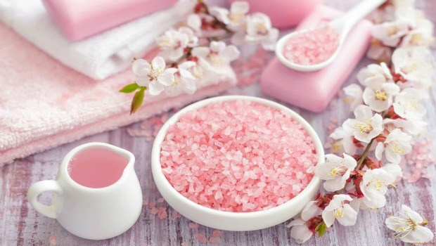 detox bath recipe - himalayan salt detox bath