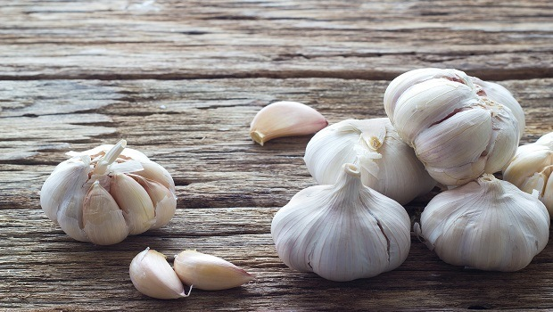 home remedies for sleep apnea-garlic