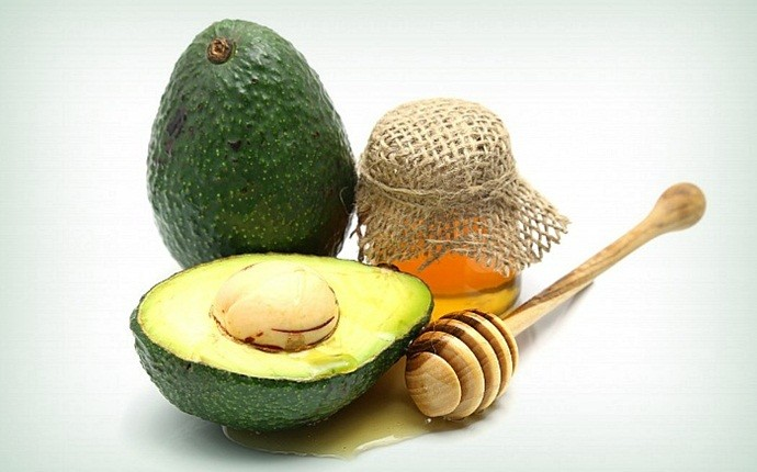 skin tightening face pack - avocado and honey