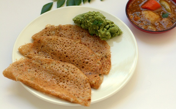 indian breakfast recipes - carrot oats dosa