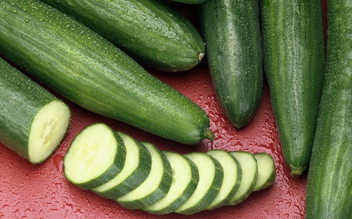 home remedies for dark neck - cucumber