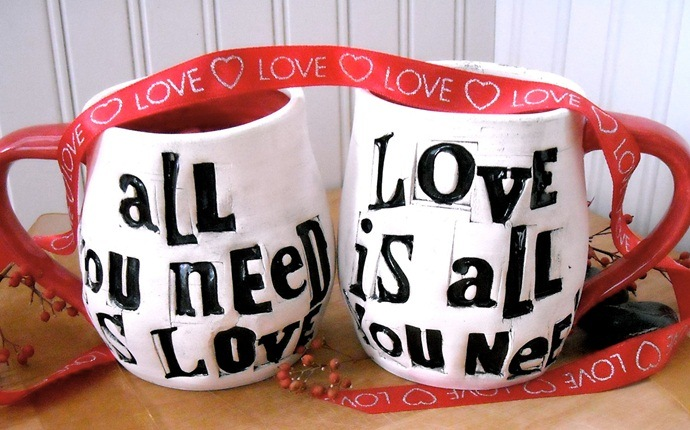 cheap gifts for women - customized mugs