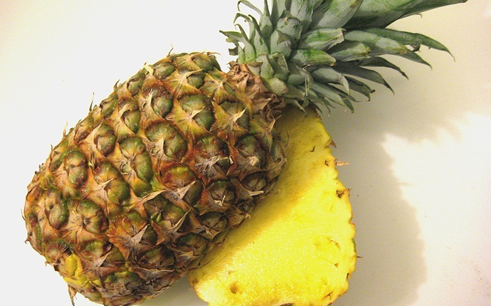 skin tightening face pack - pineapple cube