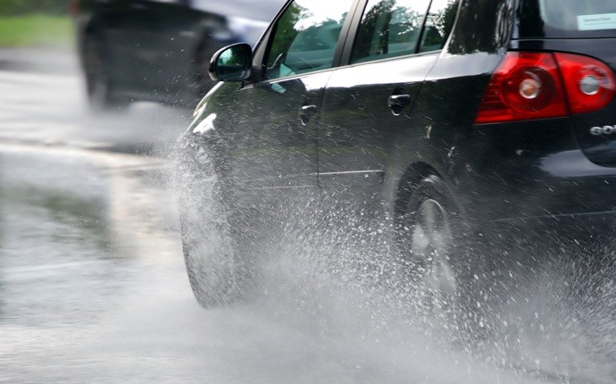 causes of car accidents - rain
