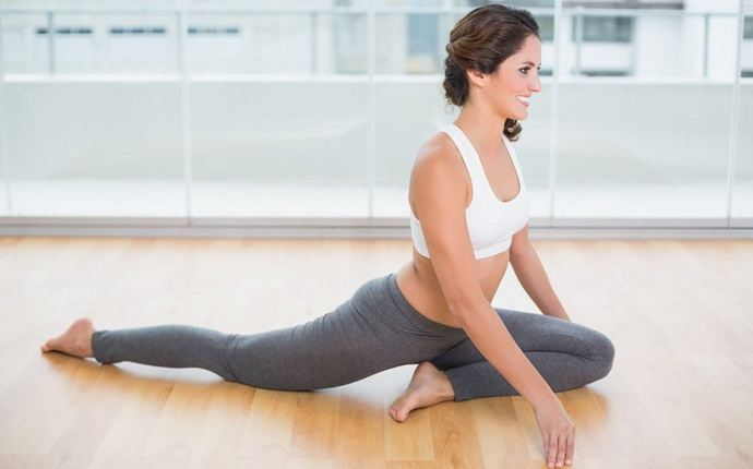 how to cure backache - stretching hips