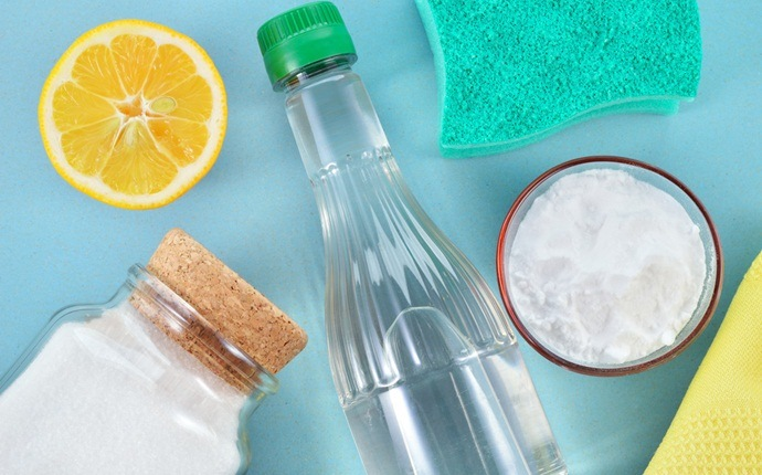 baking soda for pimples - baking soda, lemon, and honey