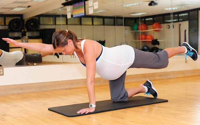 abdominal exercises during pregnancy - bird dog