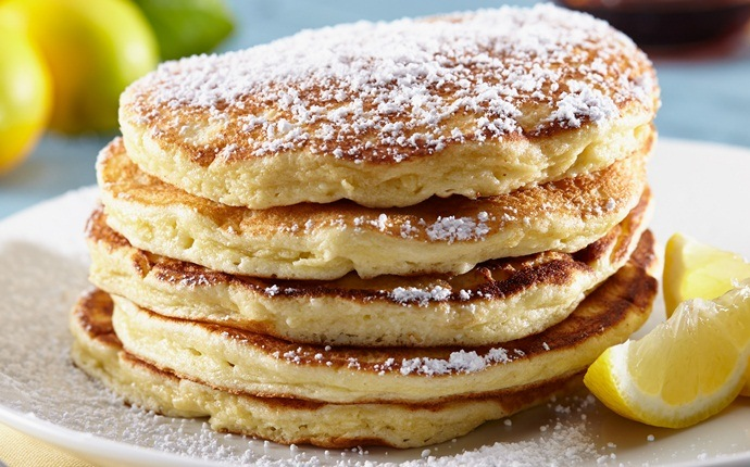 healthy pancake recipes - lemon-ricotta pancakes