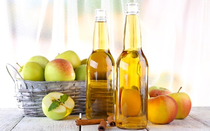 how to reduce dandruff - apple cider vinegar