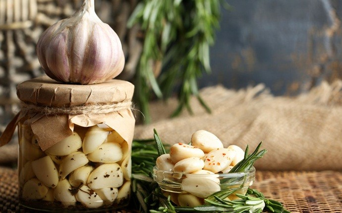 home remedies for whooping cough - garlic