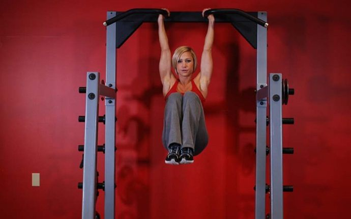 total body workouts -hanging leg raise