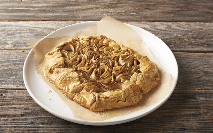 healthy apple recipes - apple-maple galette