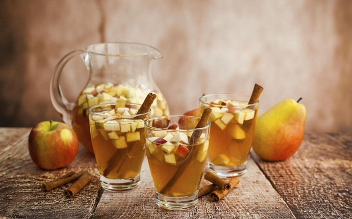 healthy apple recipes - apple sangria