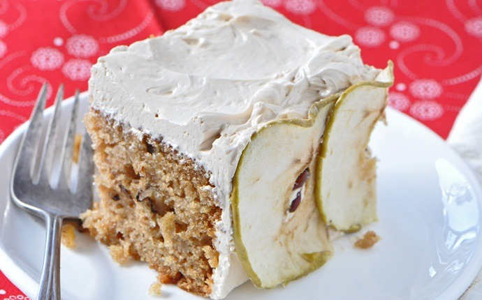 healthy apple recipes - apple spice cake