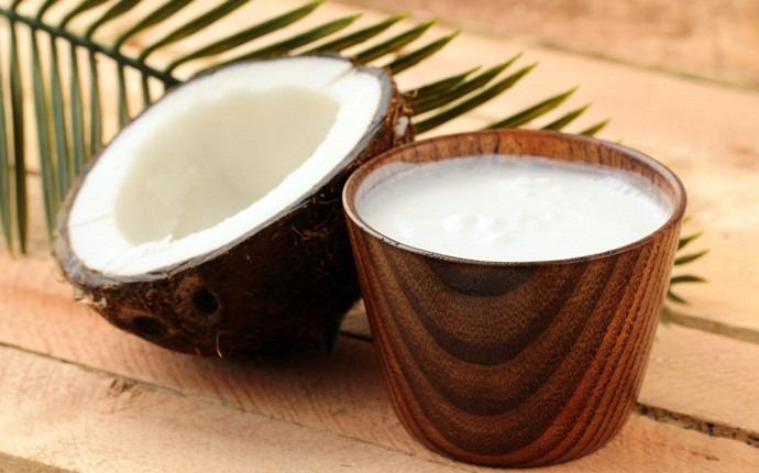 how to get straight hair - coconut milk