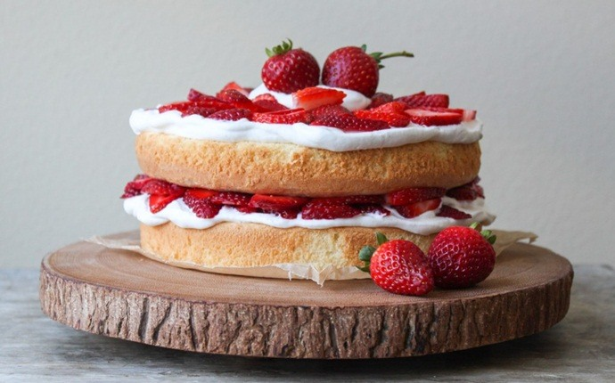fresh strawberry recipes - grand marnier meringue torte