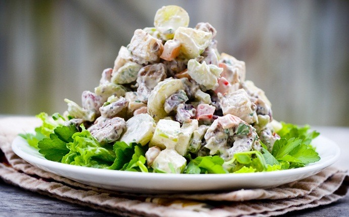 healthy apple recipes - lightened waldorf salad