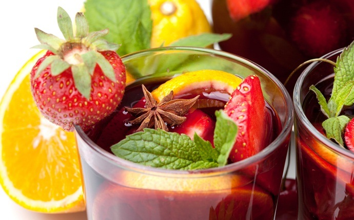fresh strawberry recipes - sangria