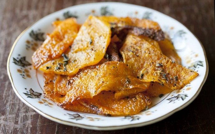 paleo snack recipes - spiced butternut chips