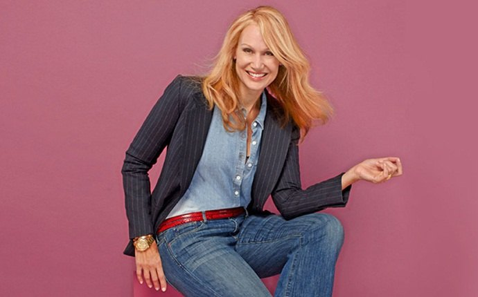 clothes for older women - wear jeans