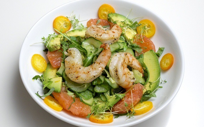 paleo salad recipes - avocado and grapefruit salad with shrimp