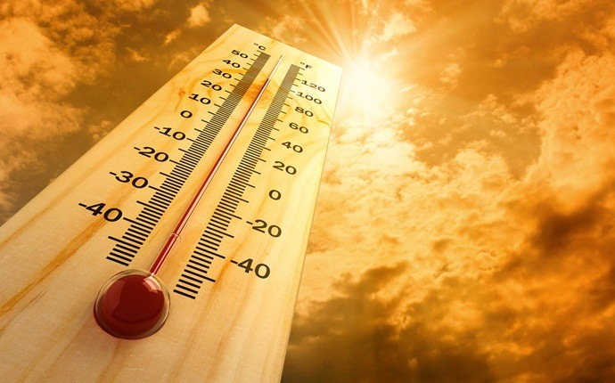 how to prevent heat stroke - avoid peak sun hours