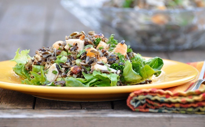 paleo salad recipes - brussels sprouts, raisin, hemp and apple winter salad