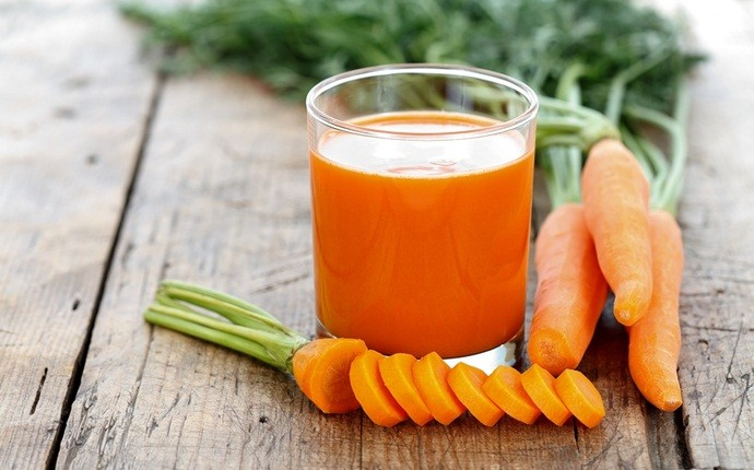 how to get rid of pneumonia - cayenne pepper, lemon juice, carrot juice, and water