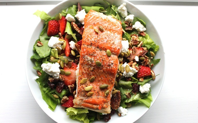 paleo salad recipes - honey coconut dressing with pan-fried salmon salad