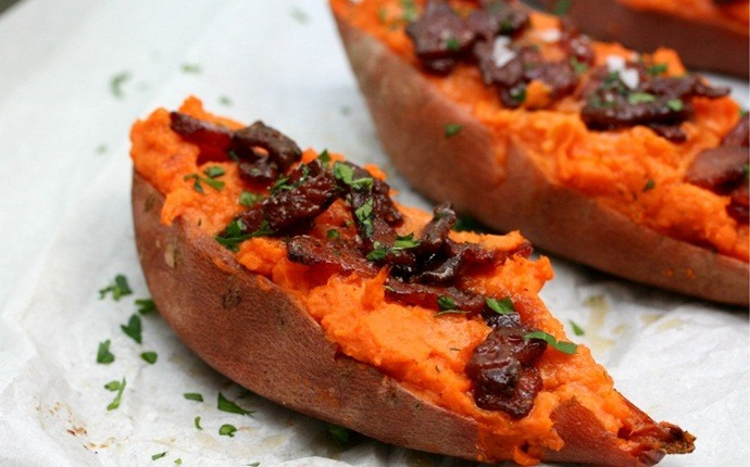 sweet potato recipes - sweet potatoes stuffed with salsa and shrimp