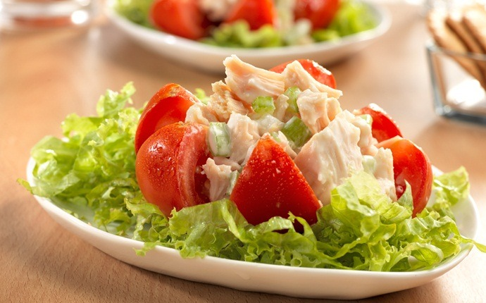 low calorie appetizers - chicken salad-stuffed tomatoes