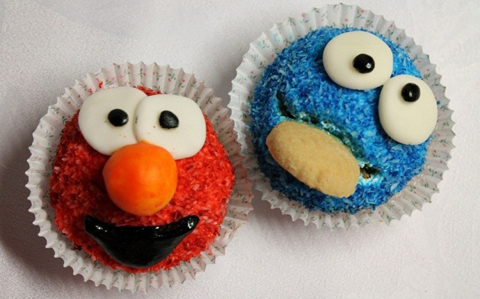 cupcake recipes for kids - cookie monster cupcakes