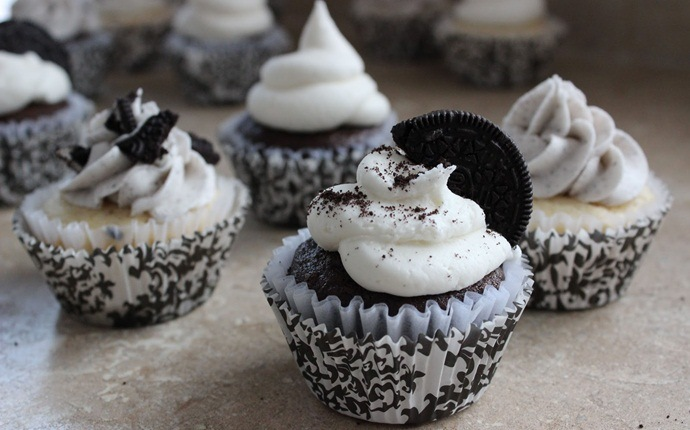 cupcake recipes for kids - oreo cupcakes